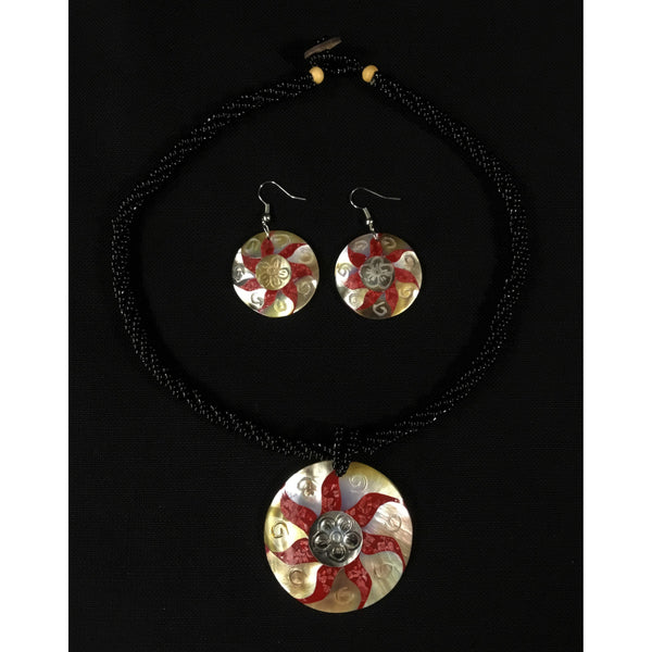 Shell Disks with Flower Motif Set