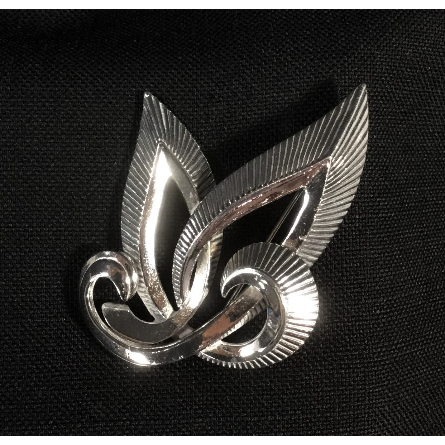 Silver Tone Swoop Pin