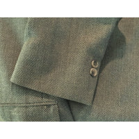 Alfred Sung sport coat close up view of sleeve buttons