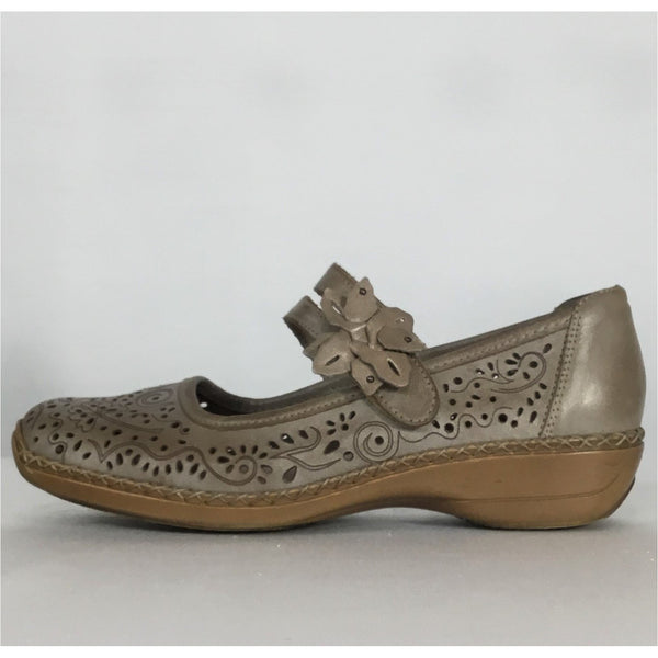 Rieker Taupe Mary Janes - size 6.5 / 37