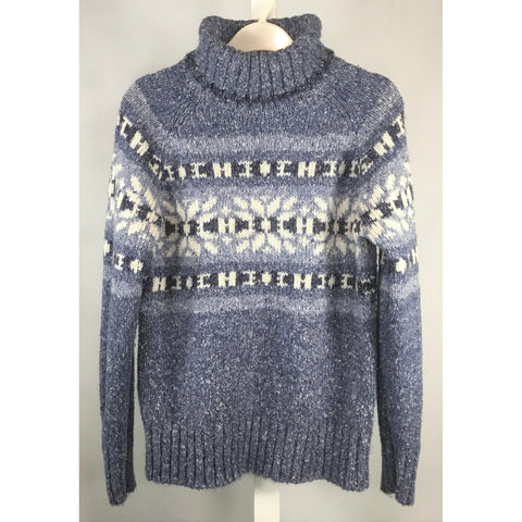One on One Blue Turtleneck Sweater - Discoveries size M