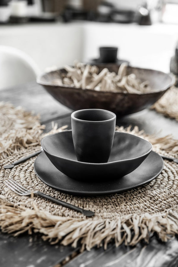 L.Naturel Concept Store - The Fringe Raffia Placemat Round