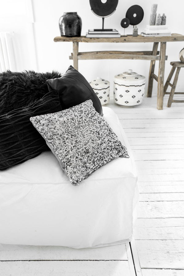 L.Naturel Concept Store - The Glitter Cushion