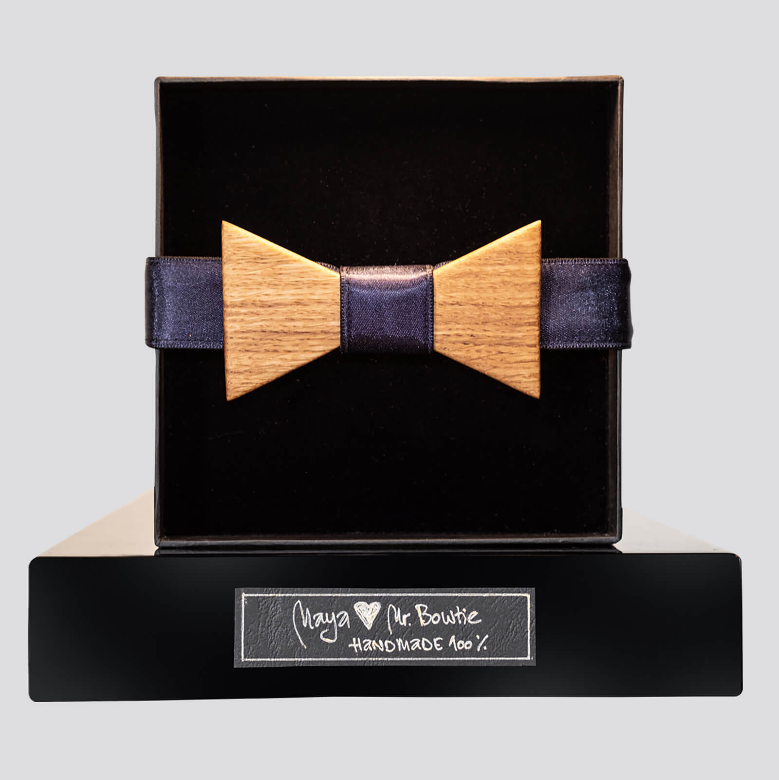 Mr. Bowtie - Royal plava - Natur drvo