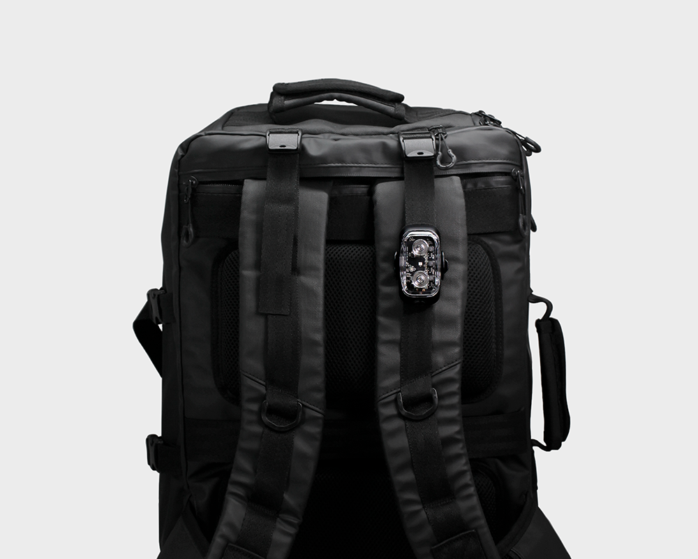 Cliq on bag using MOLLE system