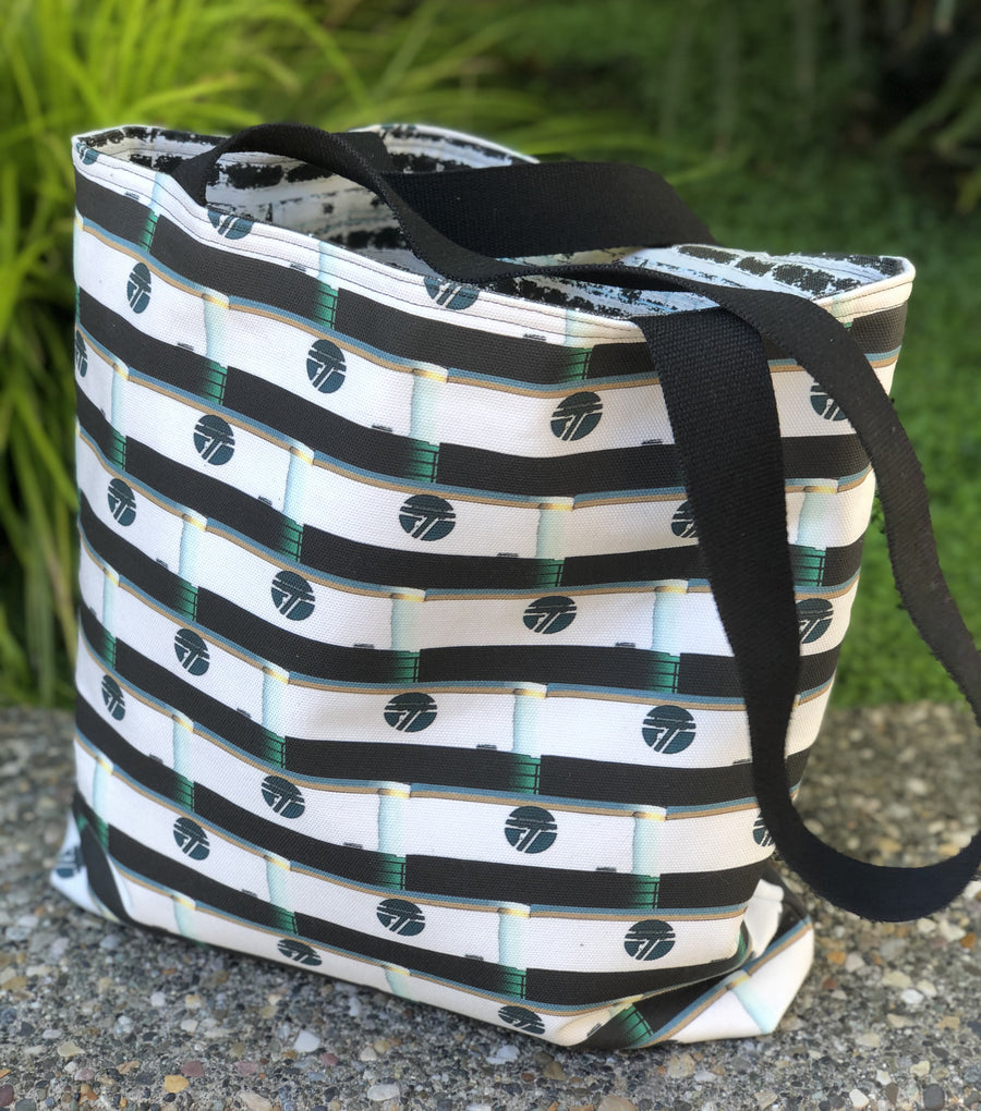 The Reversible Tote by Ellen Antonelli