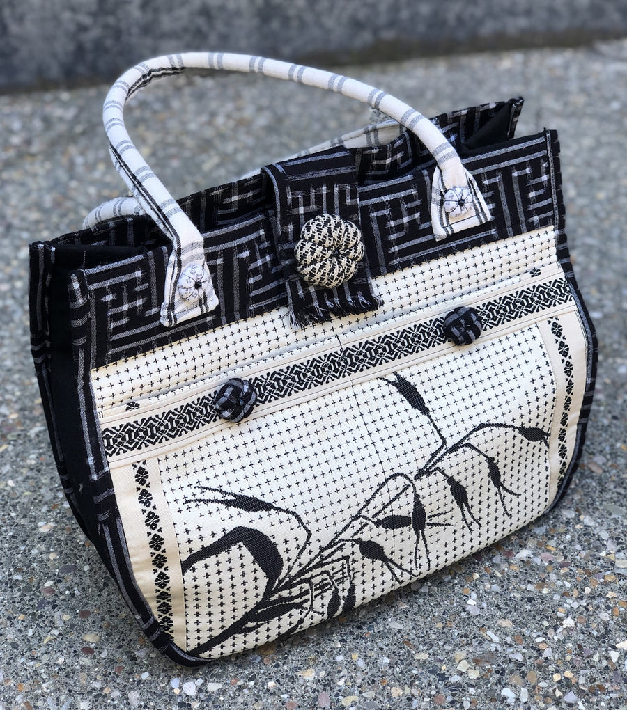 Kat Purse in Ivory and Black by Katherine Ragghianti
