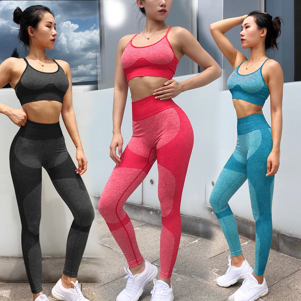 Sexy New Seamless Yoga Set Women Fitness Clothing Sportswear Woman Gym Leggings Padded Push-up Strappy Sports Bra  Sports Suits