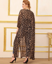 Load image into Gallery viewer, Split Side Leopard Print Chiffon Kimono