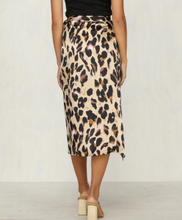 Load image into Gallery viewer, New Chiffon Leopard Print Maxi Skirt