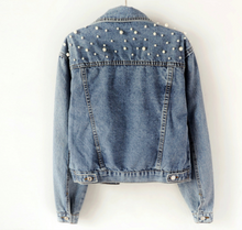 Load image into Gallery viewer, Vintage Pearl Cropped Denim Jackets
