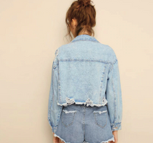 Load image into Gallery viewer, Ripped Frayed Edge Crop Denim Jacket