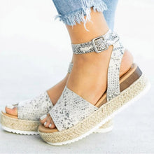 Load image into Gallery viewer, Soft Leather Espadrille Platform Wedges