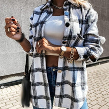 Load image into Gallery viewer, Plaid Loose Shirt