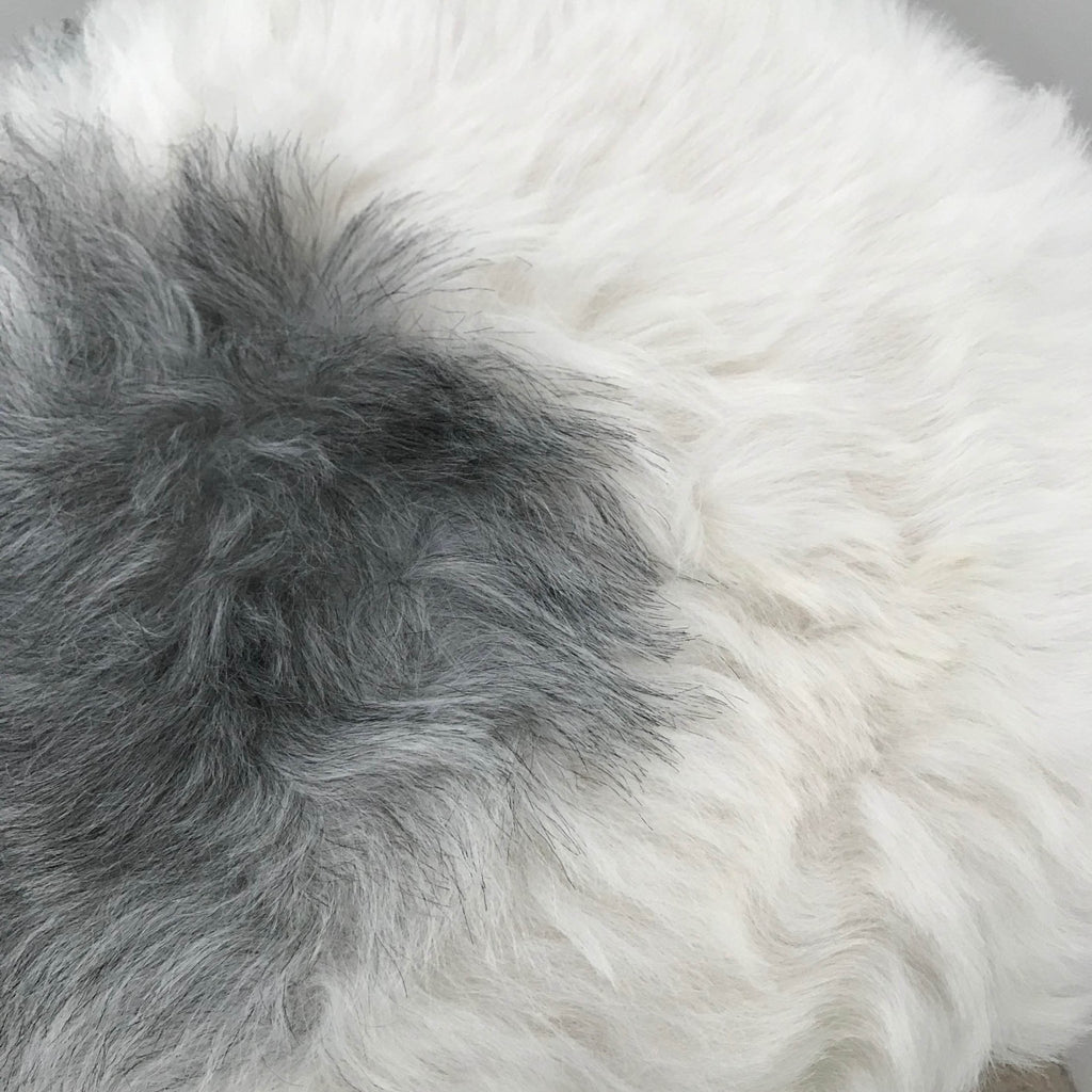 100% Real Sheepskin Seat Pad Icelandic Roundie 35cm Creams / Greys Shorn 50mm UK - Wildash London