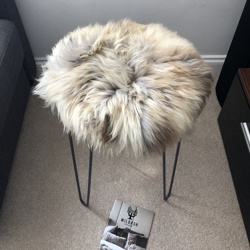 British Sheepskin Roundie Brindle Mix Natural ::: Seat Cover 35cm - Wildash London