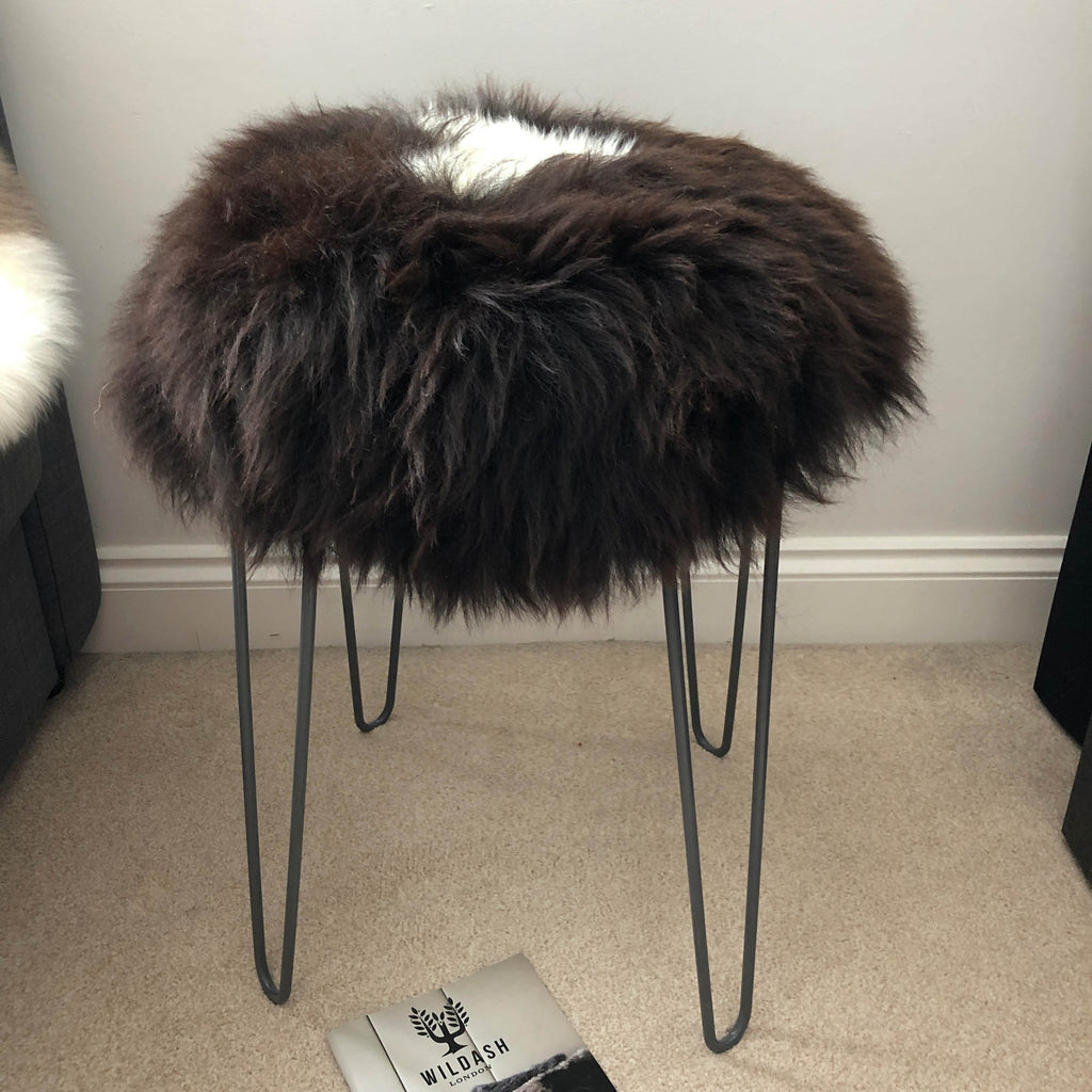 British Sheepskin Roundie Natural Brown with White Cream Ivory Feature ::: Seat Cover 35cm - Wildash London