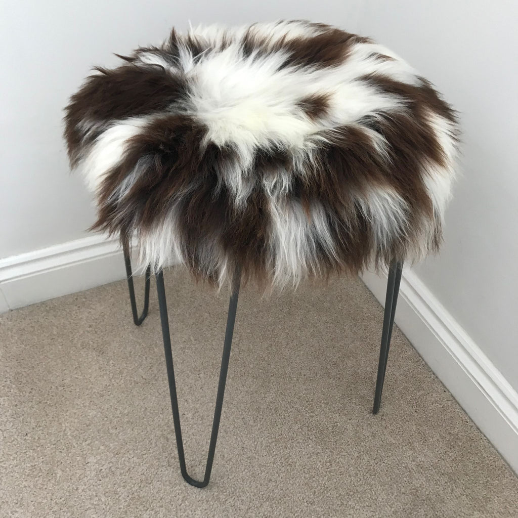 British Sheepskin Roundie Natural Spotted ::: Seat Cover 35cm - Wildash London