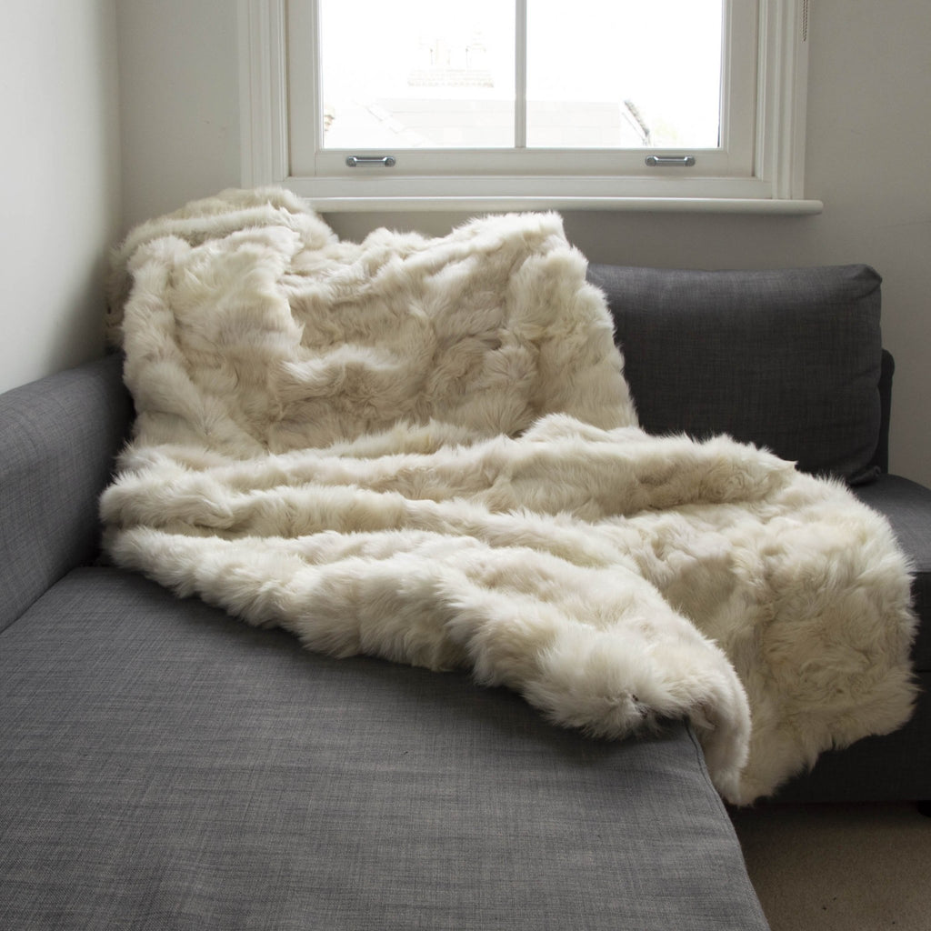 Champagne Tuscan Shearling Throw | Rug | Wildash London - Wildash London