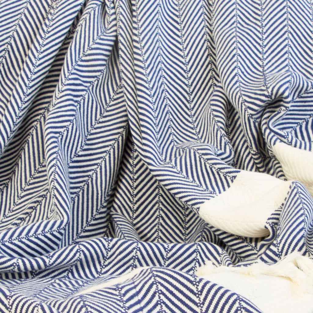 Chevron Organic Cotton Heavyweight Throw - Navy - Wildash London