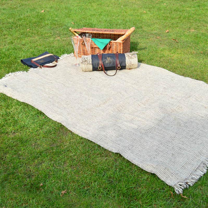 Henley Wool Picnic Blanket Lined - Wildash London