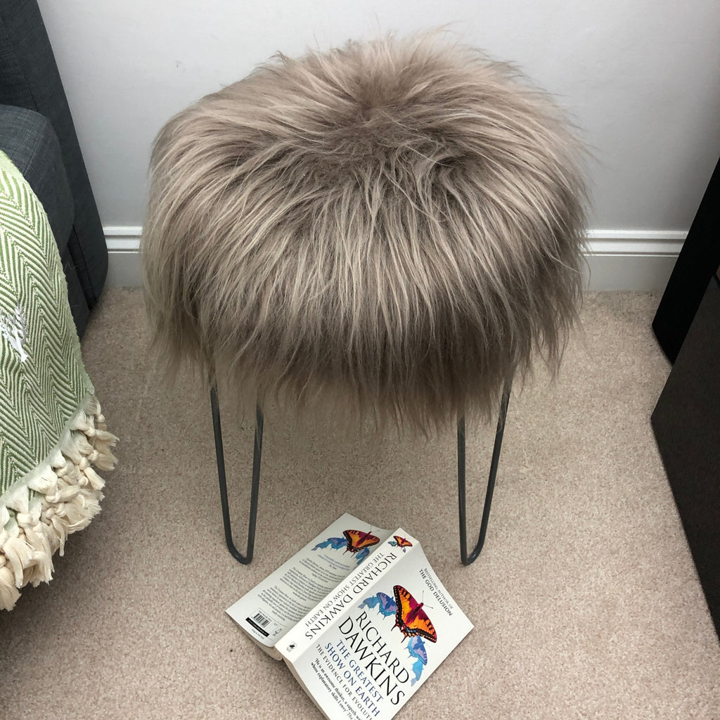 Icelandic Sheepskin Roundie Seat Cover Taupe Long 35cm - Wildash London