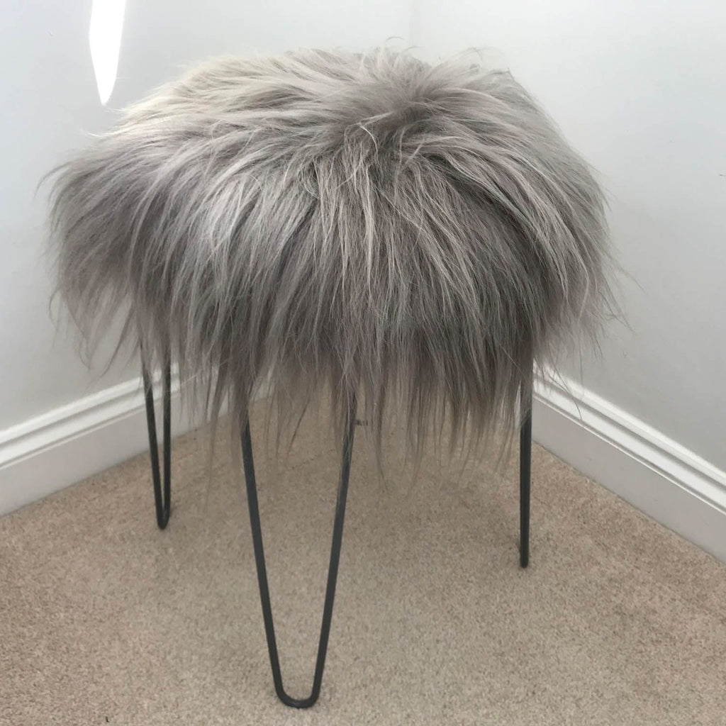 Icelandic Sheepskin Roundie Seat Cover Warm Grey Long 35cm - Wildash London