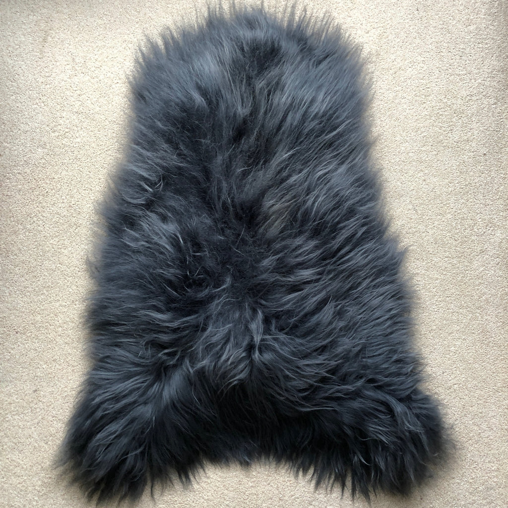 Icelandic Sheepskin Rug Dark Graphite Grey L - Wildash London