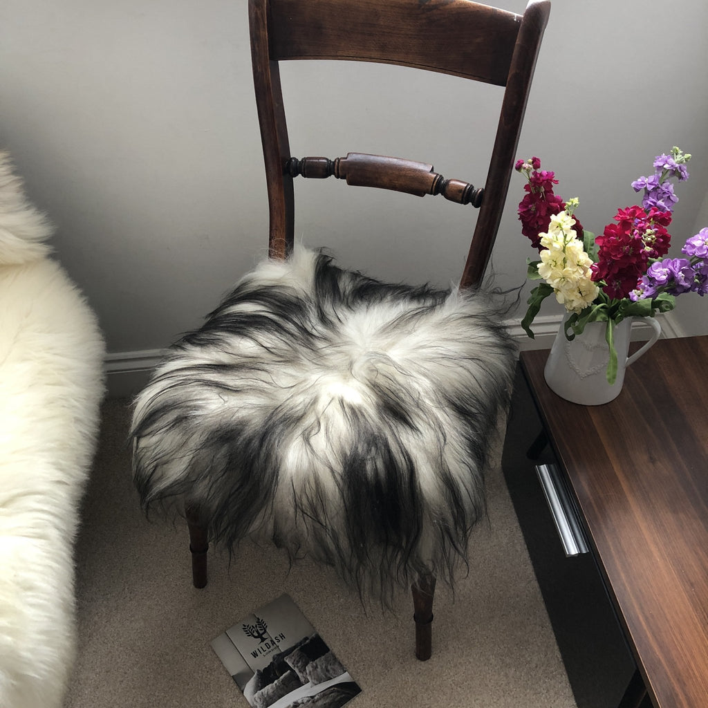 Icelandic Sheepskin Square Seat Cover 37cm ::: Timberwolf - Wildash London