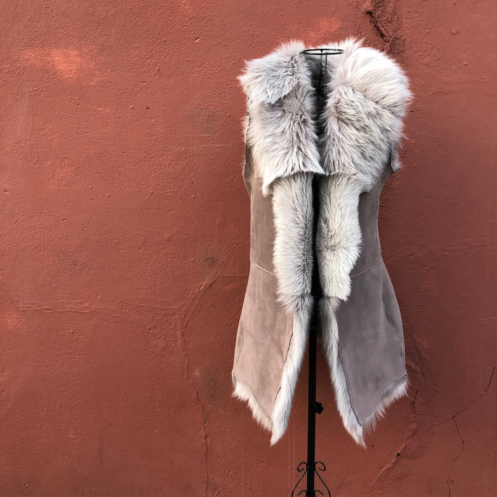 Longline Shearling Gilet Reversible - Taupe - Wildash London