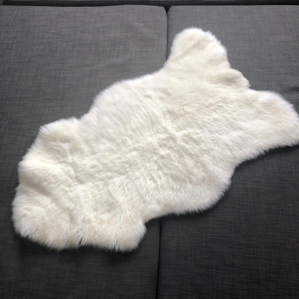 Luxurious British Sheepskin Rug Hide Ivory White Small Short Fur - Wildash London