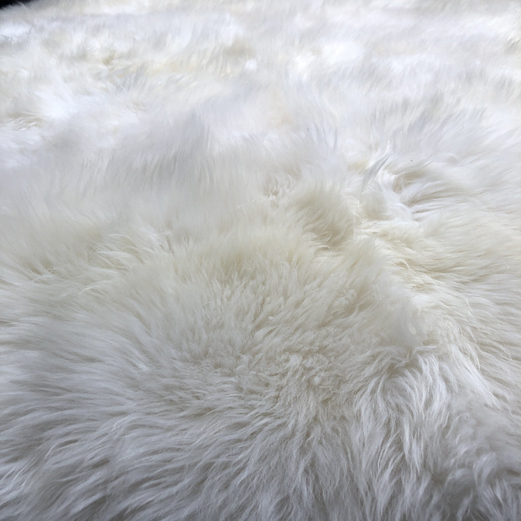 Round Soft British Sheepskin Rug Ivory Cream White ALL SIZES AVAILABLE - Wildash London