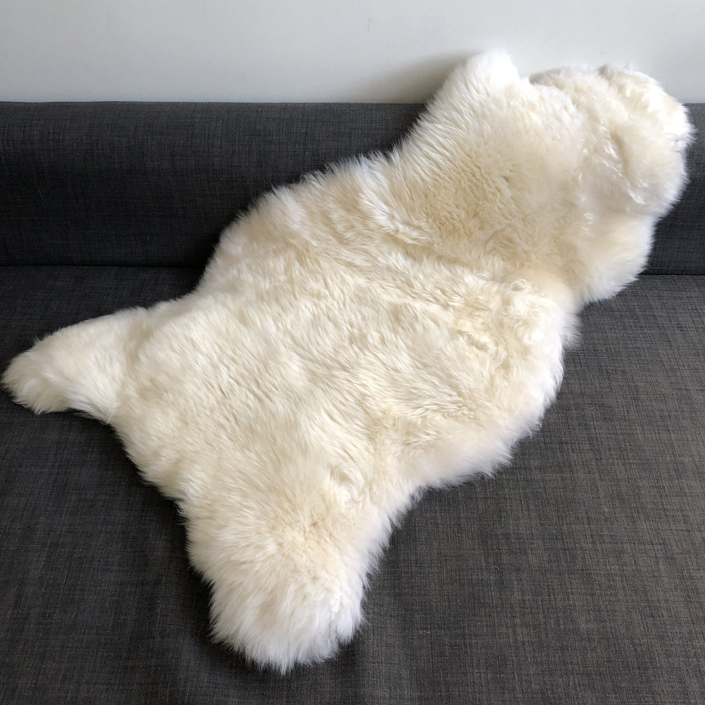 Top Quality British White Sheepskin Rug 100% Natural Free-range UK Large 110cm - Wildash London