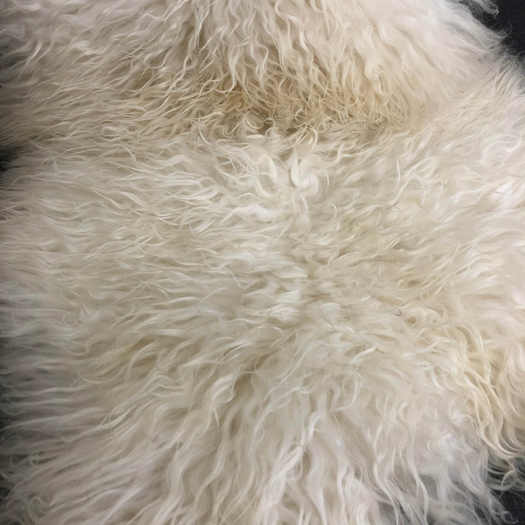 XL X-Large Icelandic Curly White Sheepskin Rug 100% Natural Sheep Skin Throw 110-120cm - Wildash London