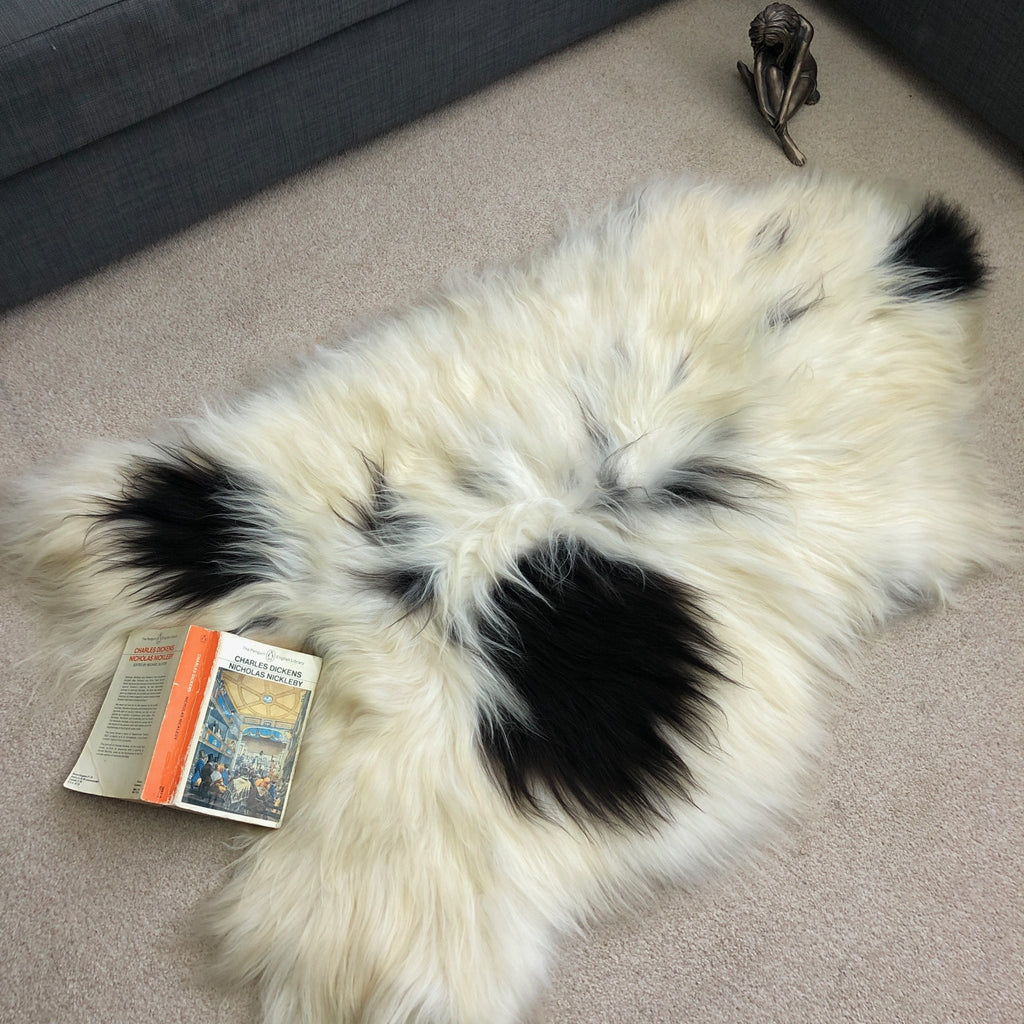 XL Yin & Yang Icelandic Sheepskin Throw White with Black Spots Rug Eco Fleece 100% Natural Undyed Hygge 0216ILXL08 - Wildash London