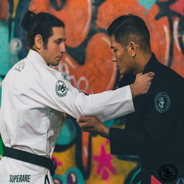 Superare Jiu Jitsu vs Everybody Gi