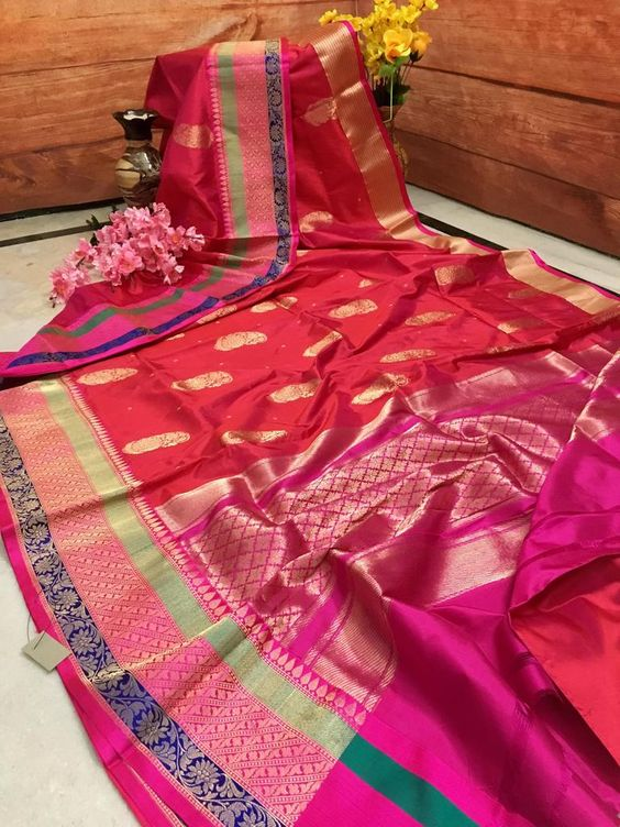 Awesome Bollywood Designer Banarasi Silk  Saree BS7022