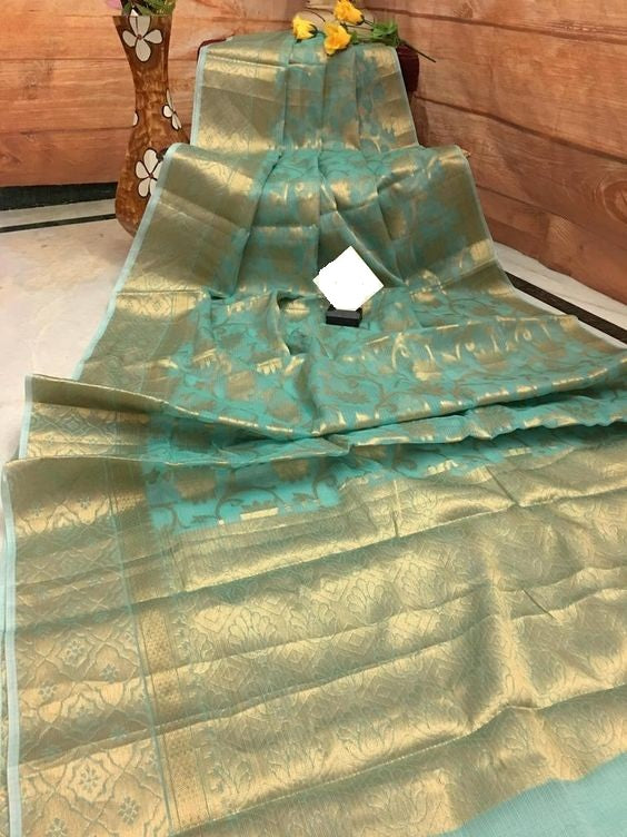 Awesome Bollywood Designer Banarasi Silk  Saree BS7024