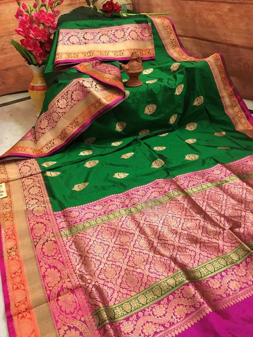 Awesome Bollywood Designer Banarasi Silk  Saree BS7027