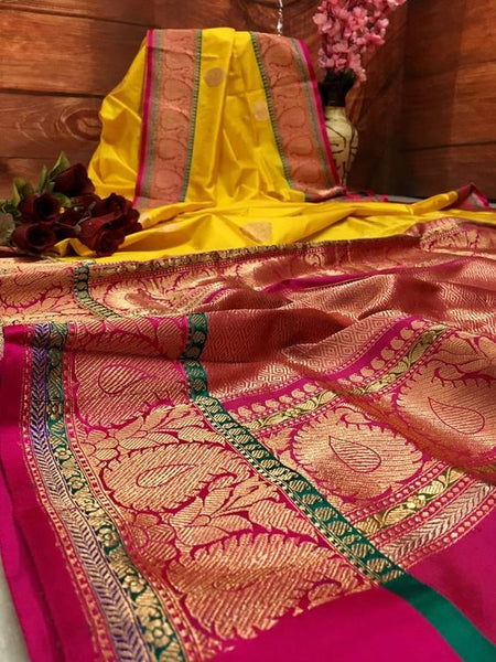 Awesome Bollywood Designer Banarasi Silk  Saree BS7036