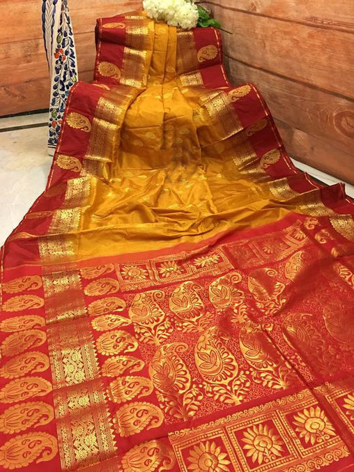 Awesome Bollywood Designer Banarasi Silk  Saree BS7053