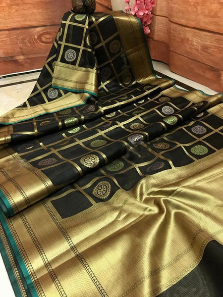 Awesome Bollywood Designer Banarasi Silk  Saree BS7059