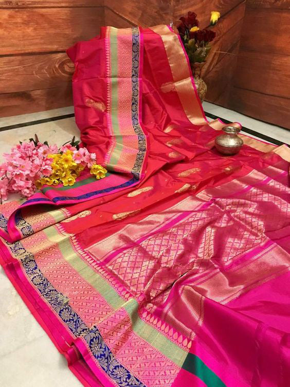 Awesome Bollywood Designer Banarasi Silk  Saree BS7060