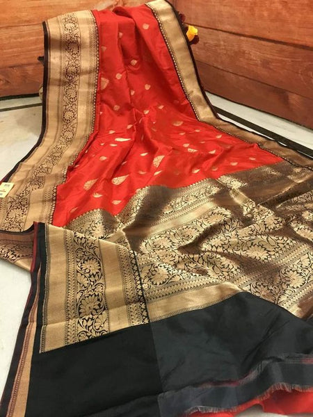 Awesome Bollywood Designer Banarasi Silk  Saree BS7071