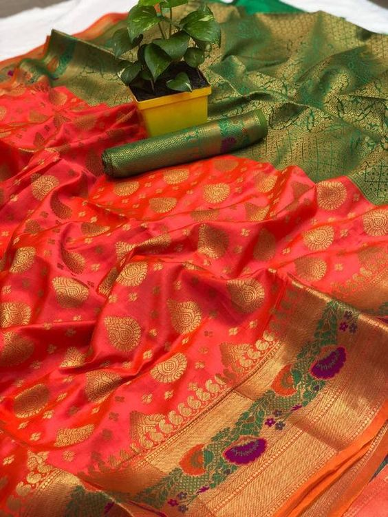 Awesome Bollywood Designer Banarasi Silk  Saree BS7118