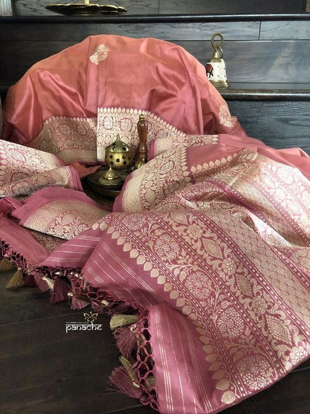 Awesome Bollywood Designer Banarasi Silk  Saree BS7129