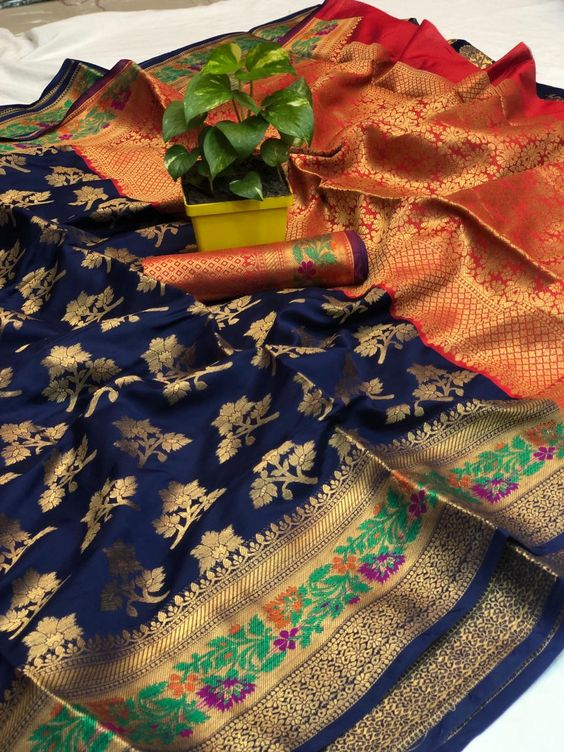 Awesome Bollywood Designer Banarasi Silk  Saree BS7136