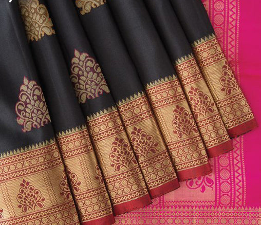 Awesome Bollywood Designer Banarasi Silk  Saree BS7162