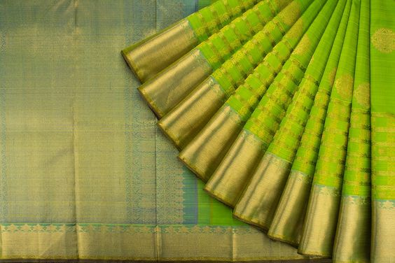 Awesome Bollywood Designer Banarasi Silk  Saree BS7184