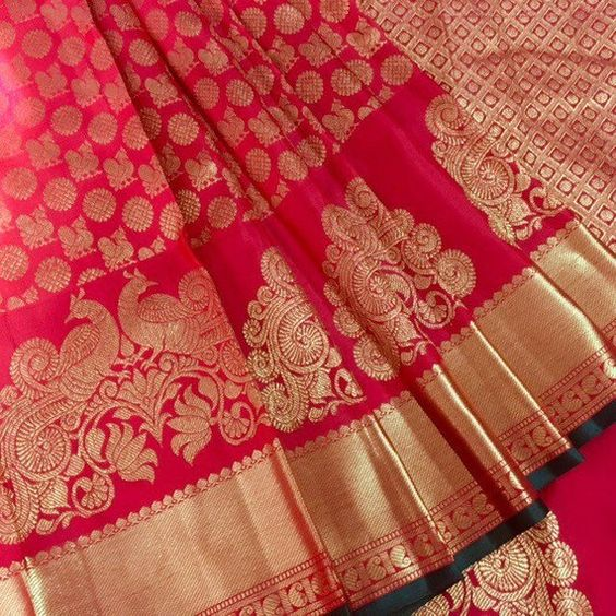 Awesome Bollywood Designer Banarasi Silk  Saree BS7206